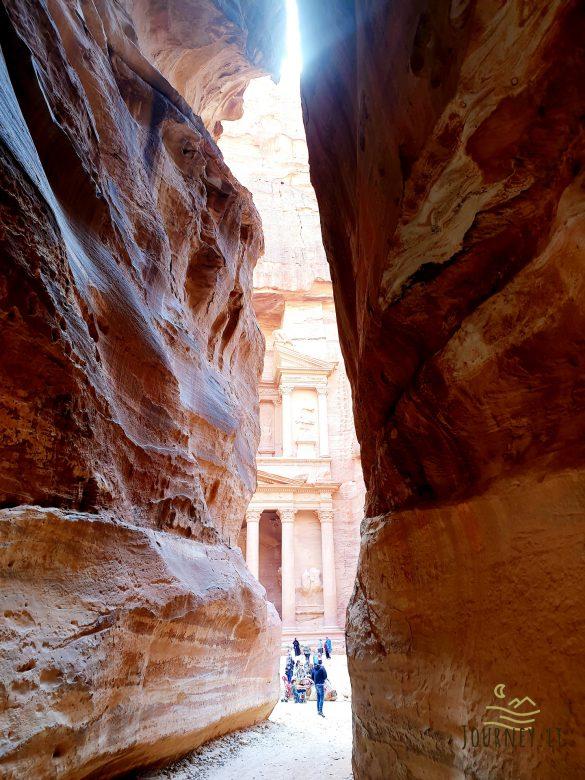 Kelionė į Jordaniją. Neturistinis vakarėlis su vietiniais, jų svetingumas ir unikali Petra